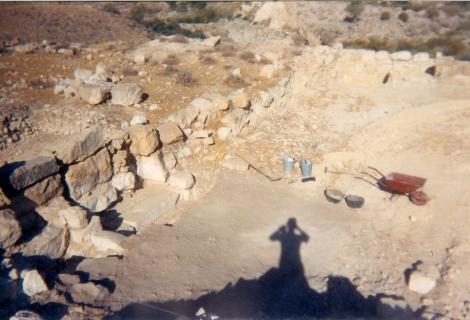 Mes premières fouilles (en haut, mon matériell)